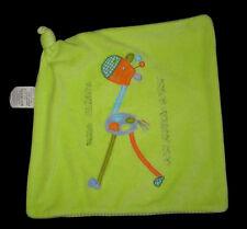 Doudou carré plat Girafe vert bleu orange rayé Uma Girafa com muitas cores verde