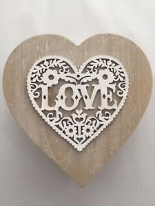GIFT BOX/Jewellery Box Keepsake Love HEART WOODEN EMBOSSED