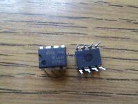 NE555N ST Microelectronics IC Timer  DIP8 *10 Stück* *ROHS*  *Neu*