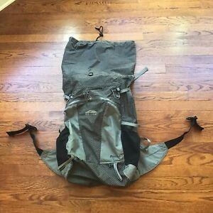 GoLite Mens Pinnacle Ultralight Backpack Gray & Black Medium