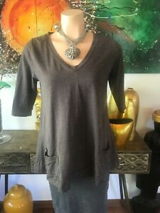 Metalicus Top Mocha With Pockets & 3/4 Sleeve Size 12/14/16 Stretch