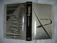 GLIDING, DEREK PIGGOTT, A & C BLACK REPRINT 1978, ILLUSTRATED, DUSTWRAPPER