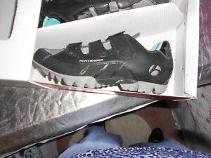 Bontrager Inform Woman's EVOKE MOUNTAIN Cycling Shoes  SIZE 9.5 BLACK  NIB