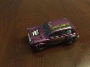 Corgi Juniors Whizzwheels No. 21 B.V.T.R Mini Cooper S 1300 - 5 Spoke Wheels.