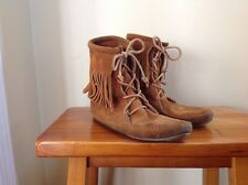 MINNETONKA Fringe Tramper Brown Suede Ankle Boots Moccasins Size 5 Booties