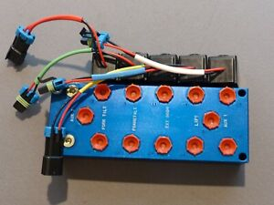 NEW! CEC Hydraulic Valve Manifold Block with 12VDC Solenoids - 5 Port plus AUX