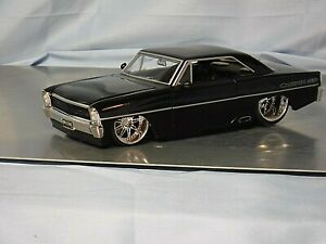 Jada Toys 1/24 1967 CHEVY NOVA SS (Black) Custom Engine & Interior (994)