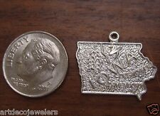 Vintage silver IOWA STATE MAP DESMOINES DAVENPORT BEAUCRAFT charm BEAU #G