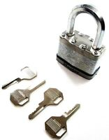 Laminated Security Padlock 64mm Excell with 4 x Keys Master Lock M15DLF