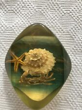 More details for vintage 1960's lucite paperweight.seaside design collectable.