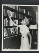 SEXY RITA HAYWORTH CANDID BY CRONENWETH - 1947 VINTAGE DOUBLEWEIGHT PHOTO NOIR