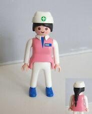 PLAYMOBIL (Y3210) HOPITAL - Infirmière Pédiatrique Nurse Couveuse 3979