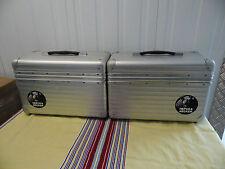 Motorräder-Koffer und -Gepäck in silberner Farbe