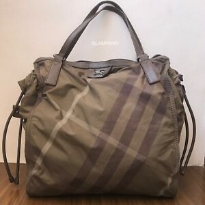 Pre Owned Authentic Burberry Nylon Large Shoulder Bag