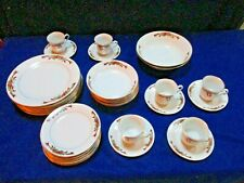 Pointsettia & Ribbons - 32 Piece Dinnerware Set For 6 With 2 Serving Bowls