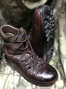 Brown Altberg Defender Boots!genuine Issue!Excellent/hardly Used! Size 8 Medium