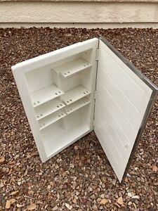 ZACA SPACECAB 16x26x3-1/2 in. Frameless Recessed 1-Door Medicine Cabinet