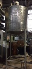 500 GALLON STAINLESS STEEL TANK ON LEGS NICE CONDITION
