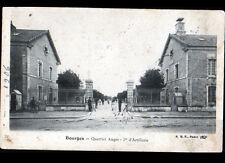 BOURGES (18) MILITAIRES à la CASERNE AUGER 1° ARTILLERIE , animée en 1906