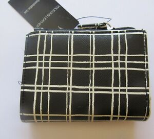 Wilson's Leather Anna Wallet- trifold-black & white-ID slot- 4 card slots