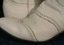 Vintage TONY LAMA White Leather Shark Cap Toe Boots 7.5