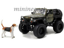 JADA 97143 REALTREE 2007 JEEP WRANGLER WITH DOG 1/24 DIECAST MODEL CAR GREEN
