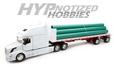 NEWRAY 1:32 VOLVO VN780 FLATBED W/ LONG PIPE 14223