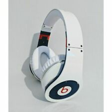BEATS STUDIO BY DR DRE APPLE OVER EAR HEADPHONES ACTIVE WIRED WHITE MICROPHONE