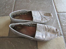 TOM'S SILVER LOAFERS SHOES WOMENS 7 SPARKLY SILVER  FREE SHIP