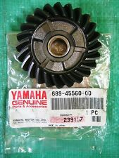 NEW OEM Propeller Shaft Gear Yamaha Outboard 689-45560-00-00 25HP 30HP 25 30 HP