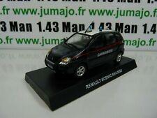 CR1 voiture 1/43 CARABINIERI : RENAULT SCENIC RX4 2003
