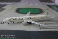 Phoenix Model Singapore Air Boeing 777-300ER Star Alliance Diecast Model 1:400