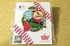 2007 St. Louis Cardinals New Years party lapel pin MLB