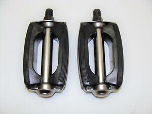 "~ New 1/2"" Schwinn Style Bow Pedals Sting-Ray Deluxe Fastback Corvette Jaguar ~"