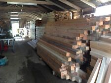 FENCE POSTS 100MM X 100MM (4 X 4) 3 METER LONG (10FT)  , HAD VERY LIGHT USAGE