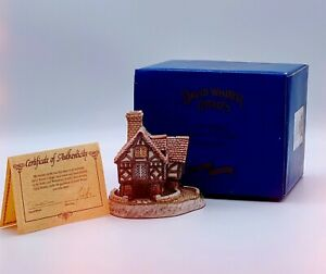 Retro 1990s DAVID WINTER Ornamental Ceramic Cottages The Hall Boxed Certificate