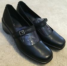 Women's Clarks Ladies Black Leather MaryJane Shoes Heels  Sz. 6 M