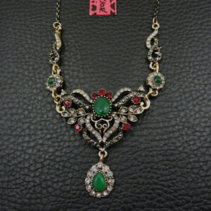 Betsey Johnson Green Crystal Flower Water Drop Pendant Chain Sweater Necklace