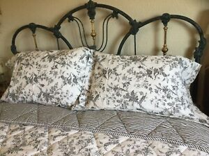 3pc IKEA Black&White Floral Reversibl Toile Full/Queen Quilt & Shams 100% Cotton