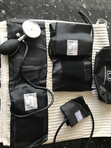 Blood Pressure Monitor Nylon Cuff 0-300mmHg Manual Sphygmomanometer Plus Kit Bag
