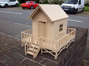 12th Scale Beach Hut  (Self Assembly Kit)