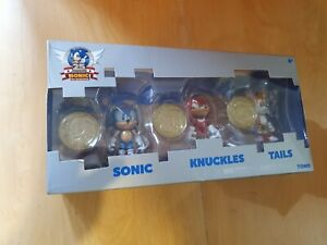 SONIC the Hedgehog TAILS and KNUCKLES RARE Metallic Figures with COINS 25th TOMY