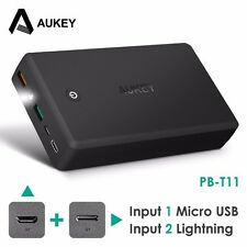 Aukey PB-T11 30000mAh Lightning Power Bank Quick Charge 3.0 Portable Charger