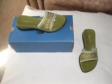 new in box  kenneth cole reaction olive Slide sandals size 5.5 m