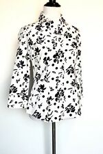 Carolina Herrera  Black & White Shirt NWT Retail $300 Price $124 Size 0