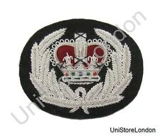 Badge Silver Queen's Crown in Wreath on Black R345