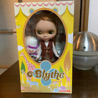 BLYTHE SBL-2 DOLL VERY INSPIRED BY POW WOW PONCHO Japan Tracking# Good New