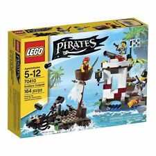 LEGO Pirates 164pc set 70410 Pirates Soldiers Outpost Cannon Bluecoats Octopus