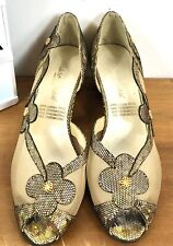 1970s Size 4 Stunning Vintage Gold Holo & Mesh Shoes With Ornate Heel