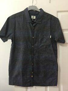 O'Neill Surf Mens Blue Grey Striped Short Sleeve Shirt - Size Small NEW $70